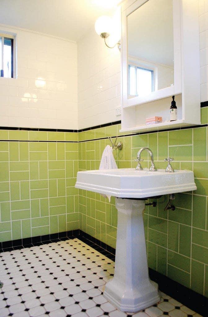 Tiled Bathroom with freestanding vanity Mt Victoria